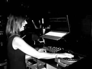 Ohh my god! She´s the DJ ;)