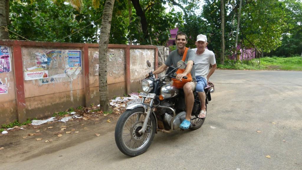 Viajar a India de Retiro: Amritapuri y Amma
