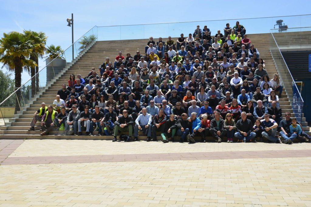 http://encuentrograndesviajeros.com/