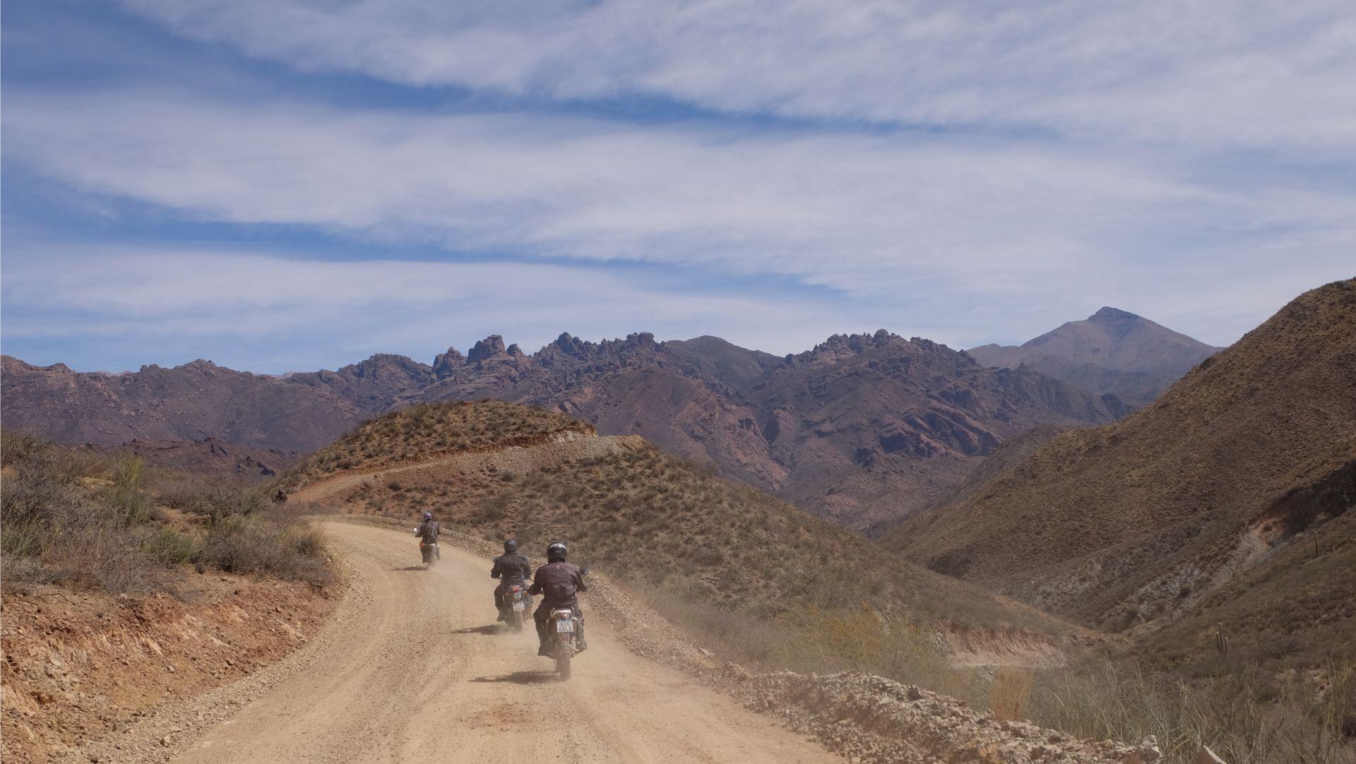 Altiplano argentino en moto con Enduro Austral