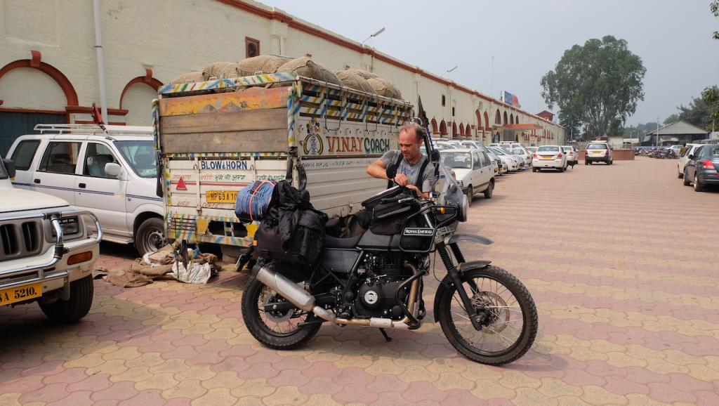 """Vuelta a casa en New Delhi, Thikana, """"el lugar al que pertenezco""""."""