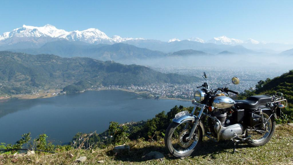 Nepal con una Royal Enfield, viaje en moto